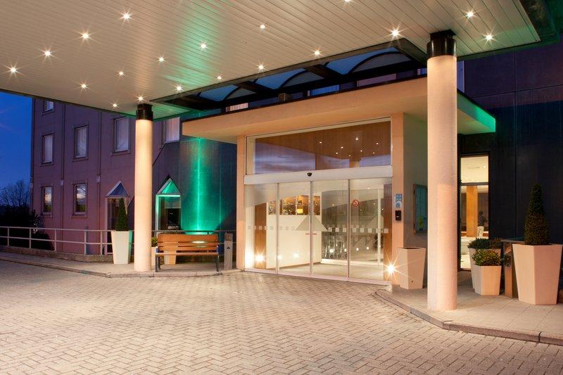 Holiday Inn Gent - Expo-Entrance<br/>Image from Leonardo