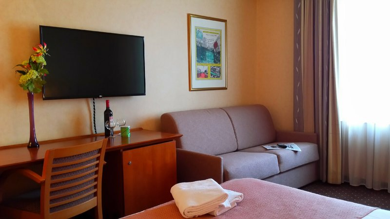 Holiday Inn Gent - Expo-Guest Room<br/>Image from Leonardo