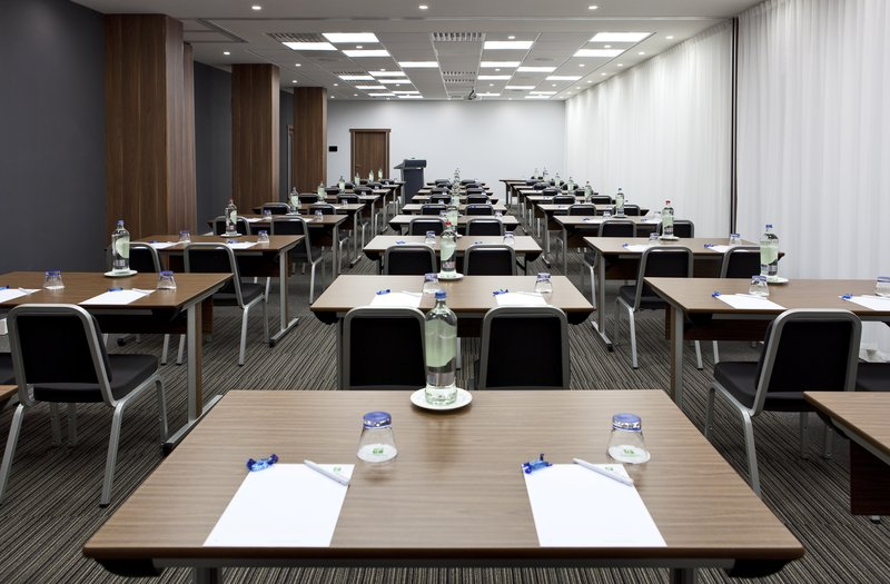Holiday Inn Gent - Expo-Meeting rooms Herald + Tribune<br/>Image from Leonardo