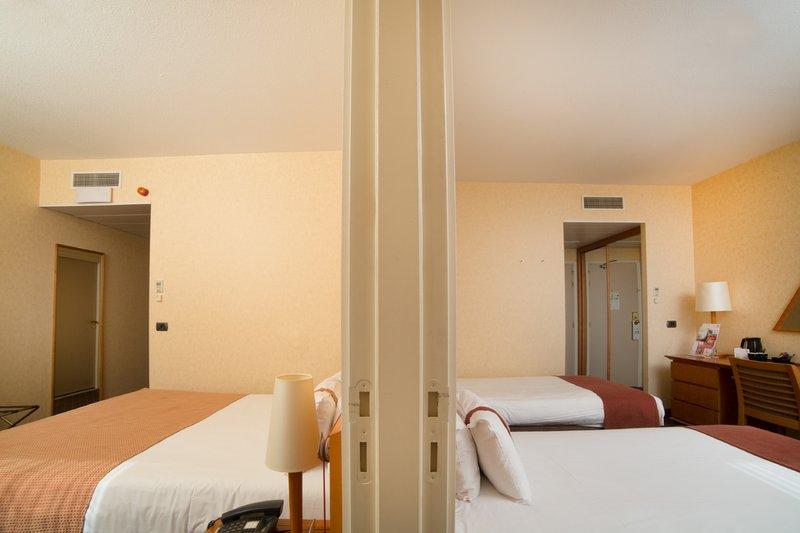 Holiday Inn Gent - Expo-Adjoining Room<br/>Image from Leonardo