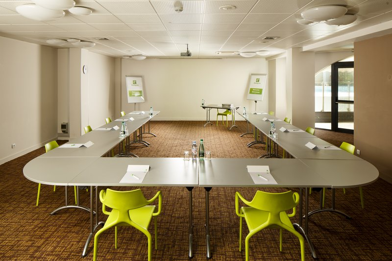 Holiday Inn Lyon Vaise-Reserve our Neptune Meeting Room for your next conference<br/>Image from Leonardo