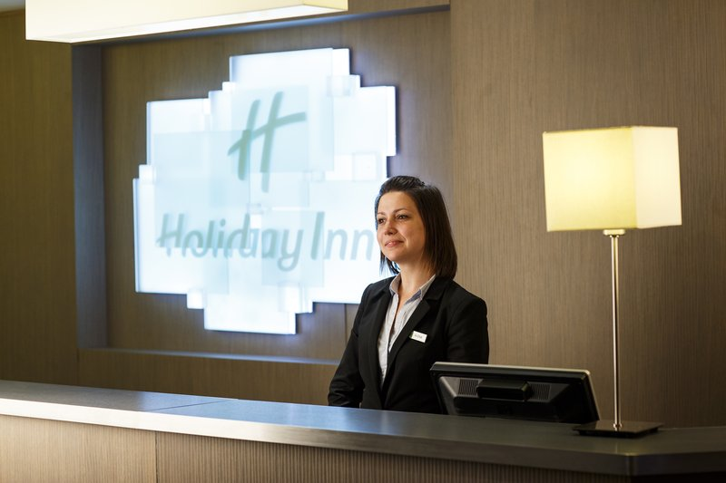Holiday Inn Lyon Vaise-Our friendly Reception staff is here to assist you<br/>Image from Leonardo