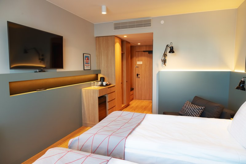 Holiday Inn Helsinki - Exhibition & Convention Centre-Holiday Inn Helsinki - Expo Standard twin room<br/>Image from Leonardo