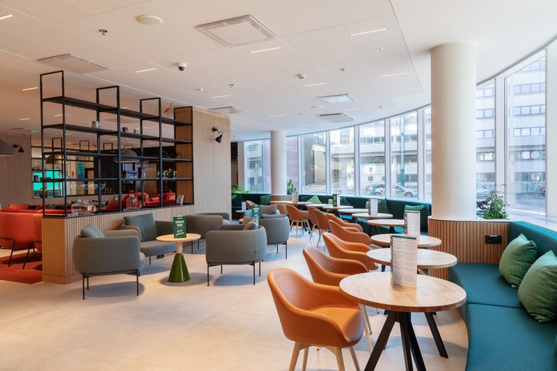 Holiday Inn Helsinki - Exhibition & Convention Centre-Holiday Inn Helsinki - Expo Open Lobby - eat, relax where you want<br/>Image from Leonardo