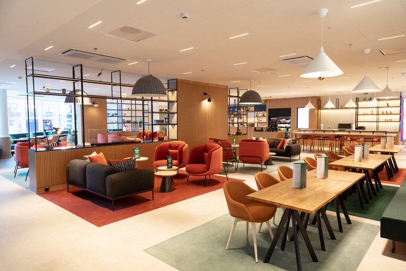 Holiday Inn Helsinki - Exhibition & Convention Centre-Holiday Inn Helsinki - Expo Open Lobby<br/>Image from Leonardo