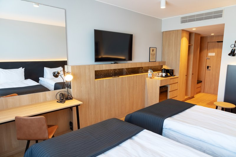 Holiday Inn Helsinki - Exhibition & Convention Centre-Relax in the Holiday Inn Helsinki - Expo Executive twin room<br/>Image from Leonardo