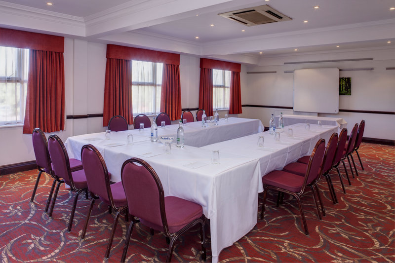 Holiday Inn Ipswich - Orwell-Cavendish Meeting Room<br/>Image from Leonardo