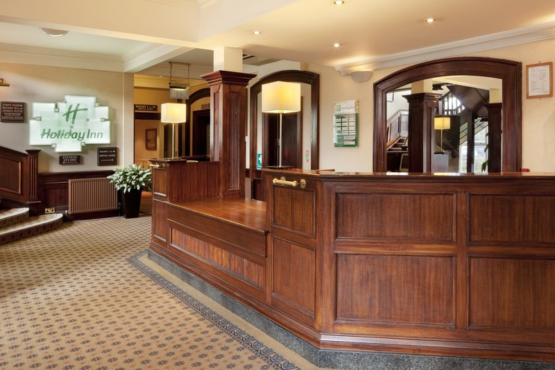 Holiday Inn Ipswich - Orwell-A warm welcome awaits you at reception<br/>Image from Leonardo