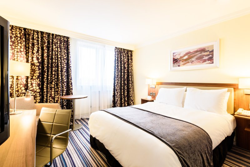 Holiday Inn Portsmouth-Executive double<br/>Image from Leonardo