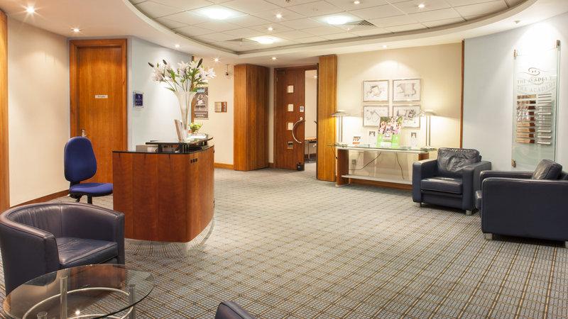 Holiday Inn Portsmouth-Reception Area<br/>Image from Leonardo