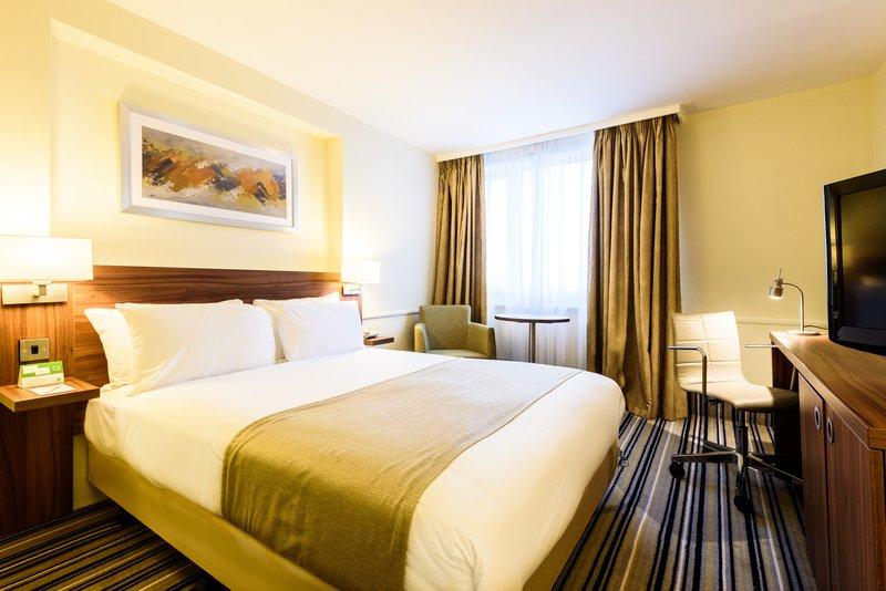 Holiday Inn Portsmouth-Standard double<br/>Image from Leonardo