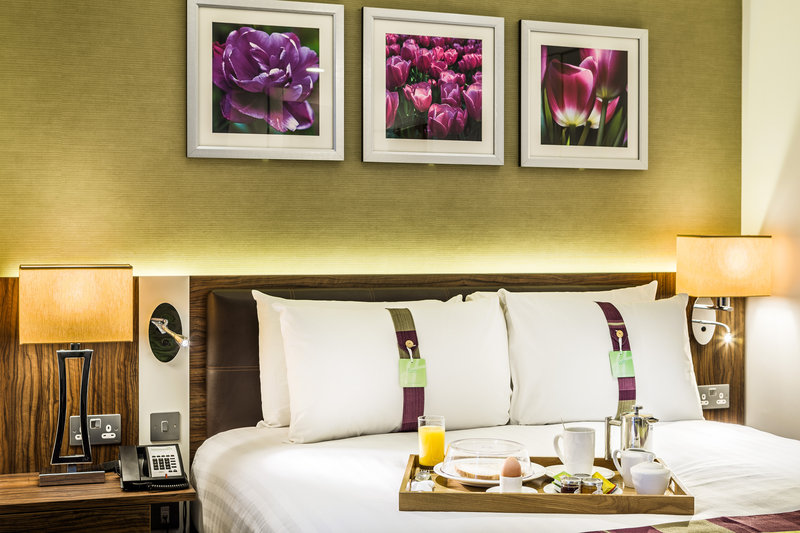 Holiday Inn London - Watford Junction-Breakfast in bed anyone?<br/>Image from Leonardo