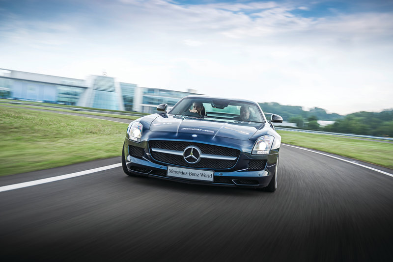 Holiday Inn London - Kingston South-Give a whirl around the Race Track<br/>Image from Leonardo