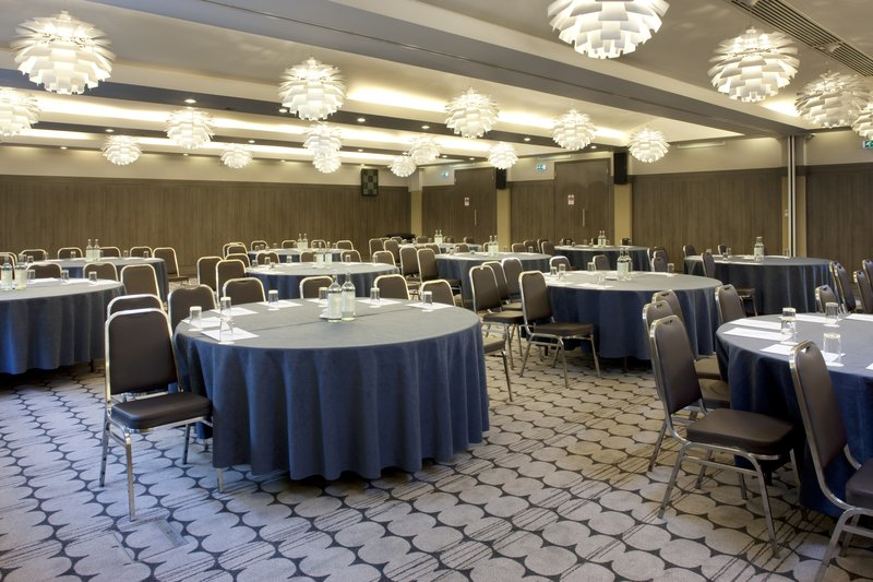 Holiday Inn London - Kingston South-Choose your meeting style to meet your need<br/>Image from Leonardo