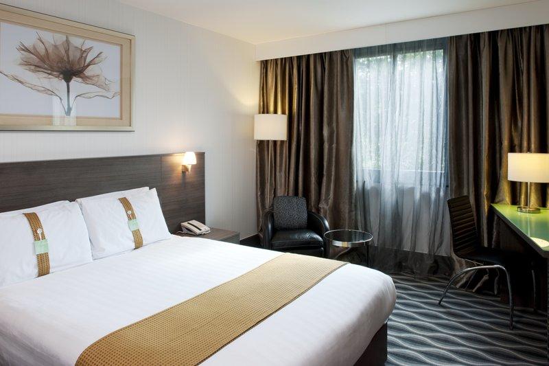 Holiday Inn London - Kingston South-A good nights sleep awaits you<br/>Image from Leonardo