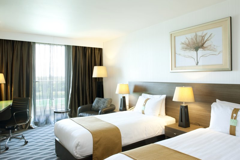 Holiday Inn London - Kingston South-Executive Twin Room<br/>Image from Leonardo
