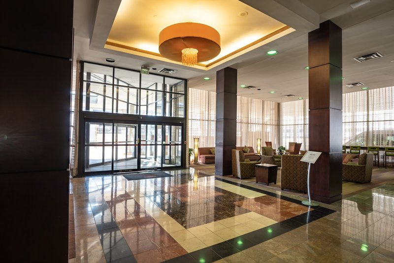 Crowne Plaza Dayton-Business? Vacation? Choose Crowne Plaza Dayton to host you!<br/>Image from Leonardo