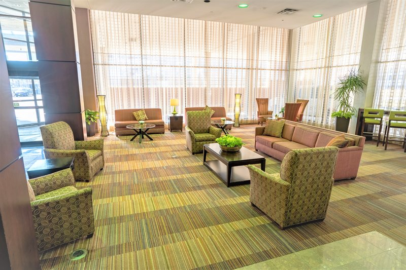 Crowne Plaza Dayton-Lobby Lounge<br/>Image from Leonardo