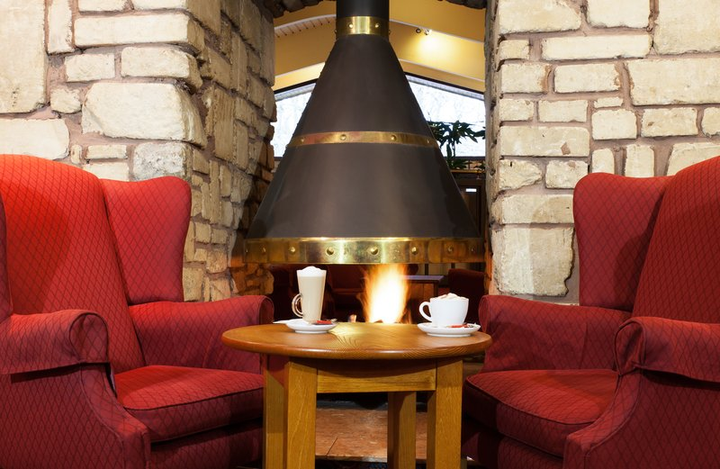 Holiday Inn Newport-Take a seat in cosy Lounge Corner.<br/>Image from Leonardo
