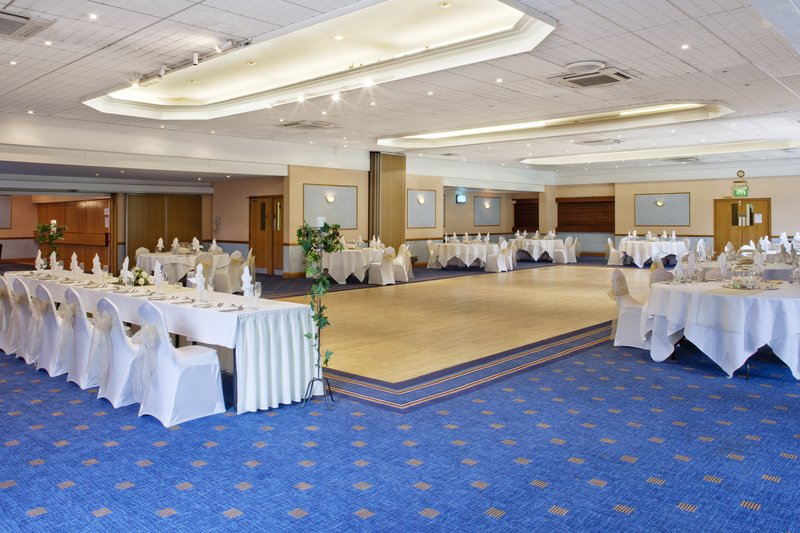 Holiday Inn Newport-Gwent Suite in Banquet Layup<br/>Image from Leonardo