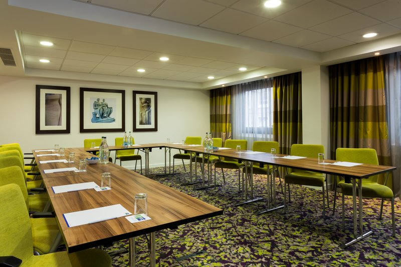Holiday Inn Express Harlow-Book our Meeting Room for your business conference<br/>Image from Leonardo