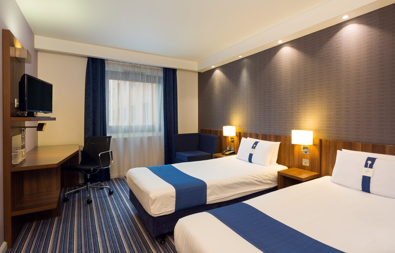 Holiday Inn Express Harlow-Spacious Two Twin Nonsmoking Room<br/>Image from Leonardo