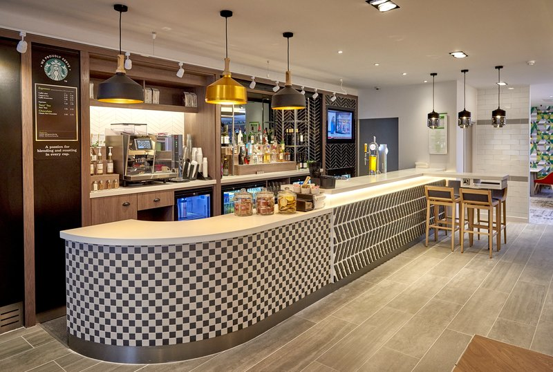 Holiday Inn Northampton West M1, Jct 16-Enjy delicious coffee from our to go cafe<br/>Image from Leonardo