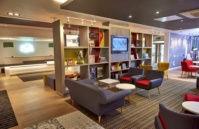 Holiday Inn Northampton West M1, Jct 16-Our spacious lobby lounge<br/>Image from Leonardo