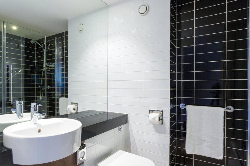 Holiday Inn Express Harlow-Stylish Guest Bath<br/>Image from Leonardo