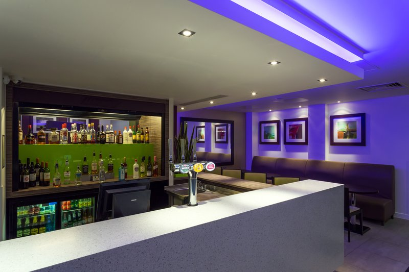 Holiday Inn Express Harlow-Enjoy a cocktail at our contemporary Bar<br/>Image from Leonardo