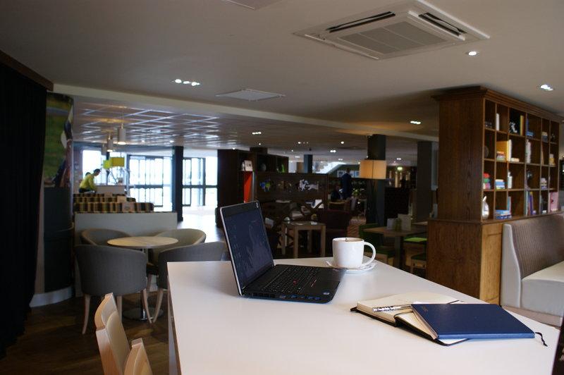 Holiday Inn Huntingdon - Racecourse-Guest Lounge<br/>Image from Leonardo