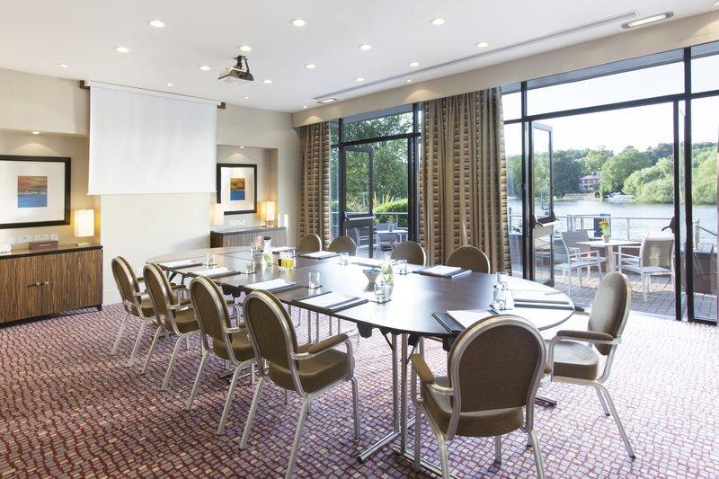 Crowne Plaza Reading-Crowne Plaza Reading Meetings Caversham 3 Boardroom set-up<br/>Image from Leonardo