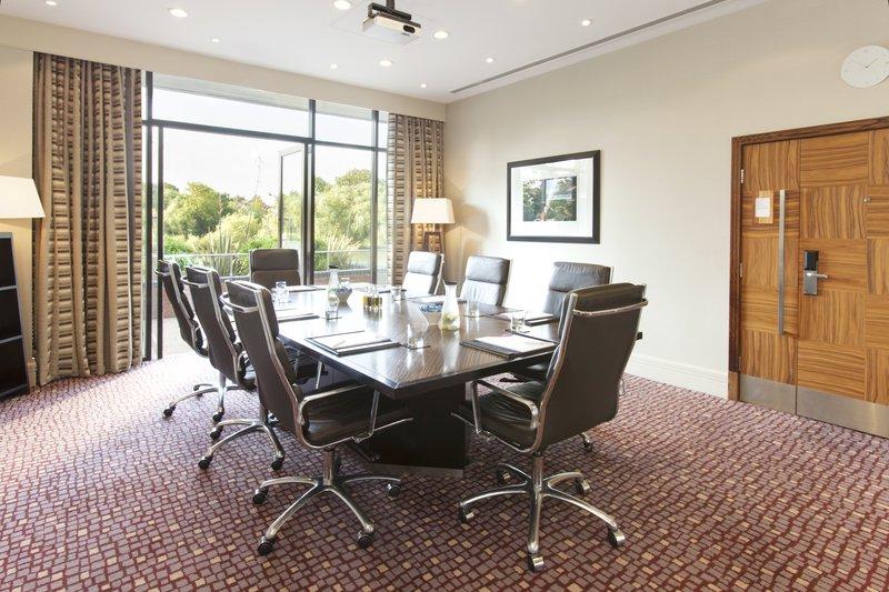Crowne Plaza Reading-Crowne-Plaza-Reading-Meetings-Executive-Boardroom<br/>Image from Leonardo