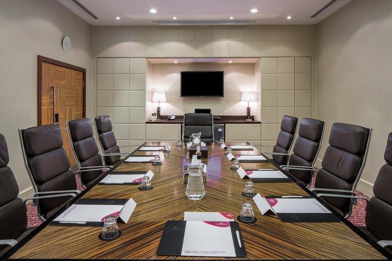 Crowne Plaza Reading-The Board Room<br/>Image from Leonardo