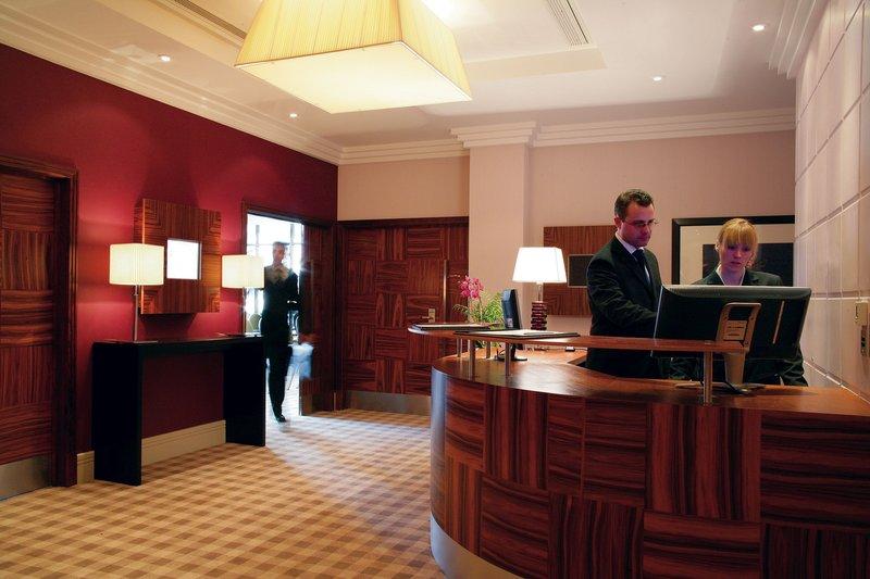 Crowne Plaza Reading-Caversham Business Centre Reception<br/>Image from Leonardo