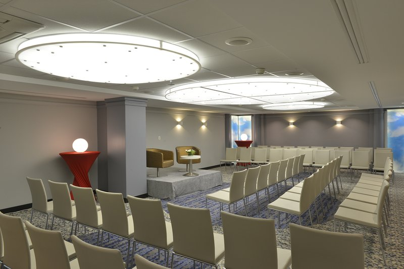 Crowne Plaza Toulouse-Meeting Room 'Garonne' - Up to 90 attendees<br/>Image from Leonardo