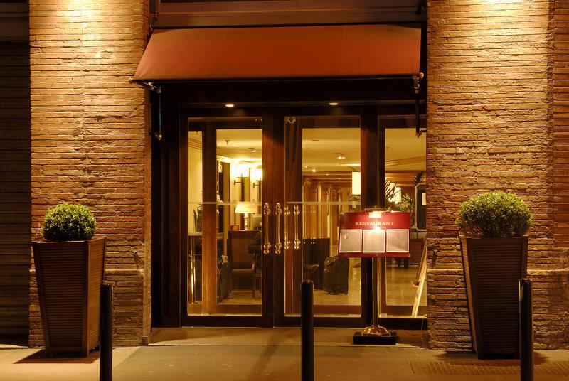 Crowne Plaza Toulouse-Entrance<br/>Image from Leonardo