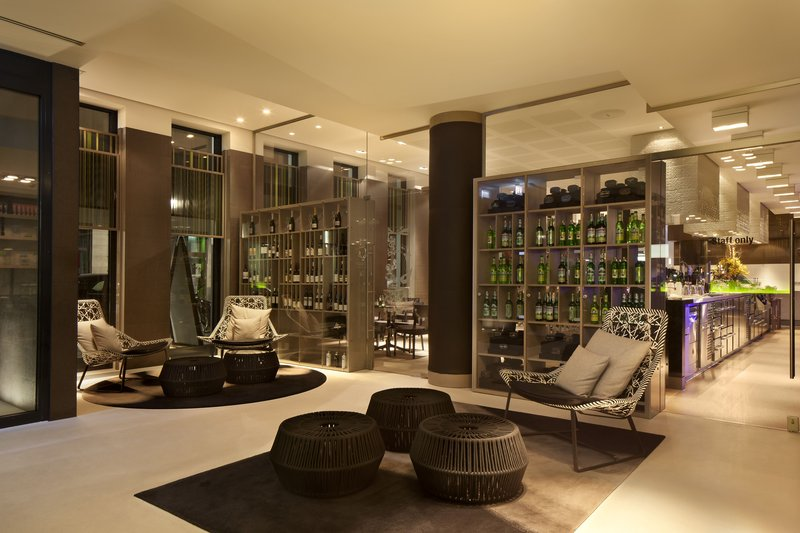 Hotel Indigo Berlin Centre Alexanderplatz-Relax and unwind in our Lobby Lounge<br/>Image from Leonardo