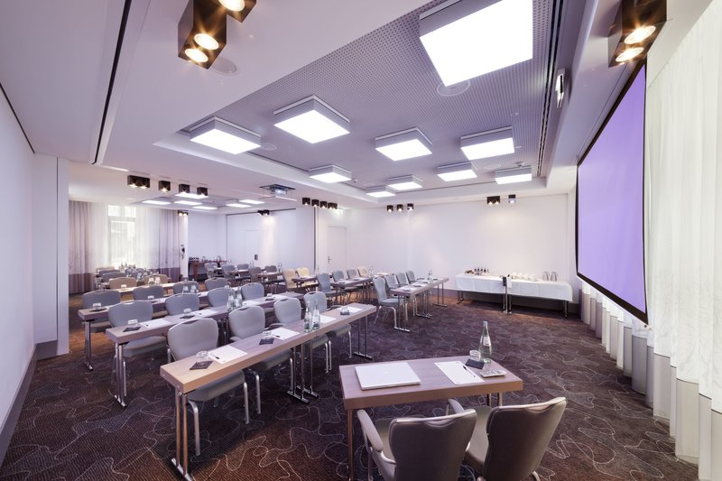 Hotel Indigo Berlin Centre Alexanderplatz-Meeting Room set up Classroom style with natural daylight<br/>Image from Leonardo