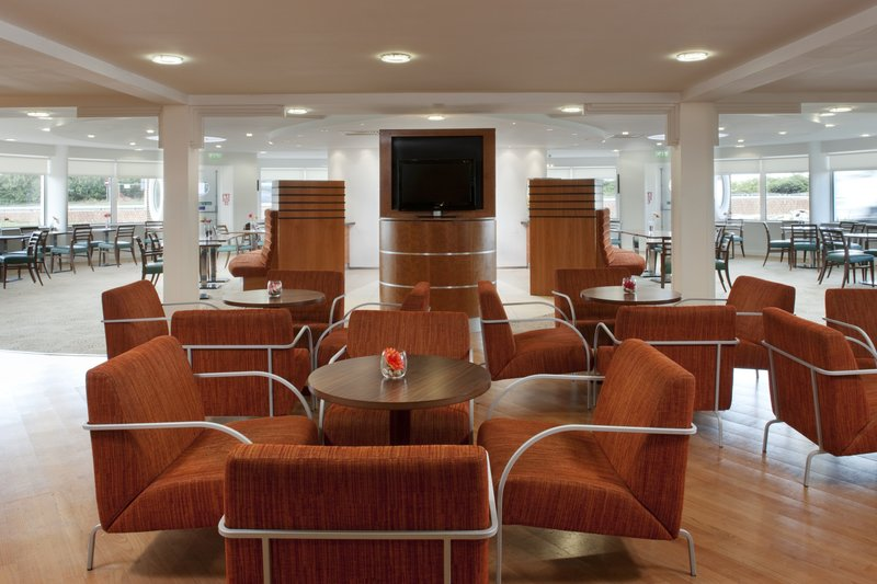Holiday Inn Express Ramsgate - Minster-Guest Lounge<br/>Image from Leonardo