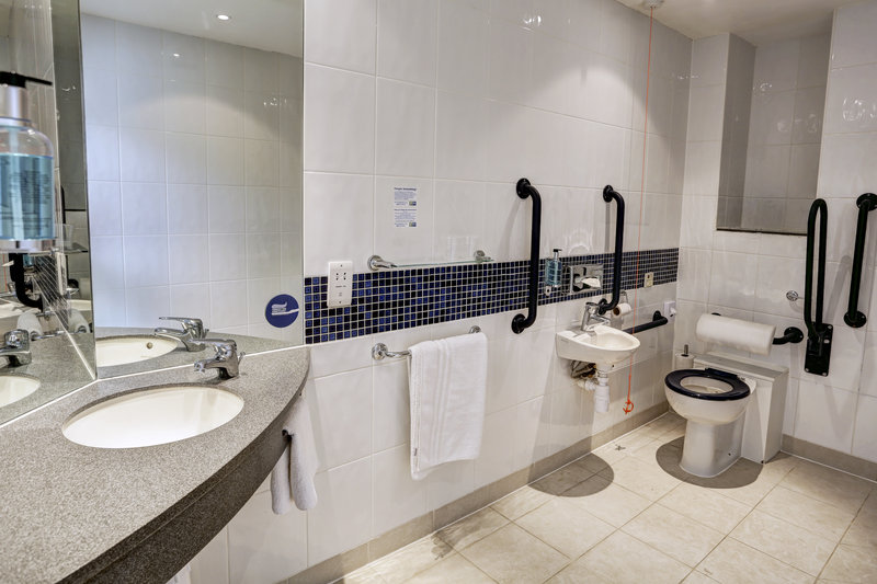 Holiday Inn Express Leeds City Centre - Armouries-Wheelchair Accessible<br/>Image from Leonardo