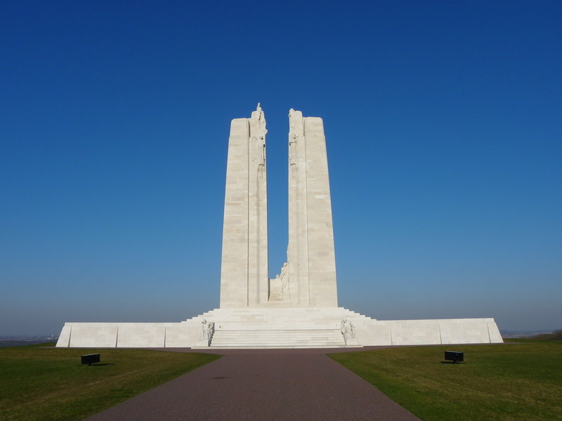 Holiday Inn Express Arras-Vimy ridge<br/>Image from Leonardo