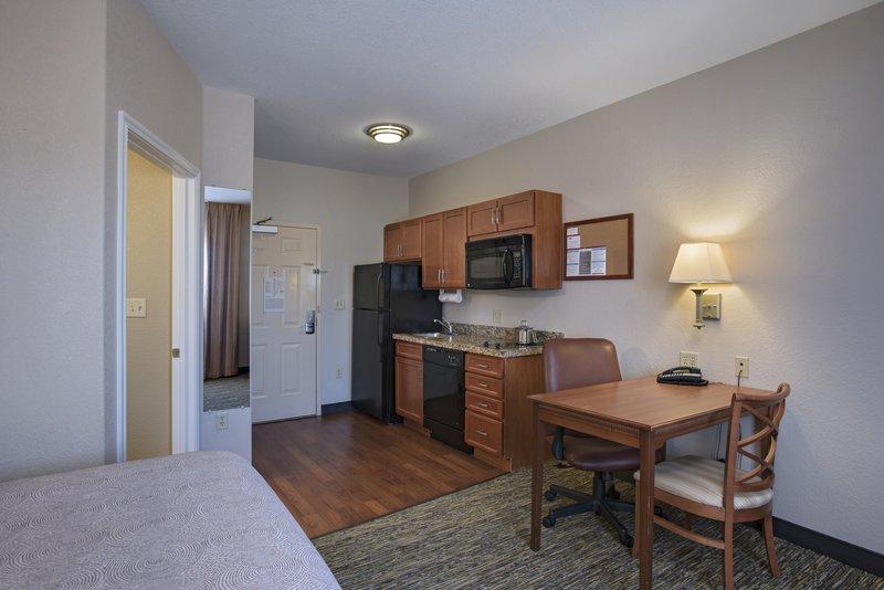 Candlewood Suites Austin N - Cedar Park-Suite <br/>Image from Leonardo