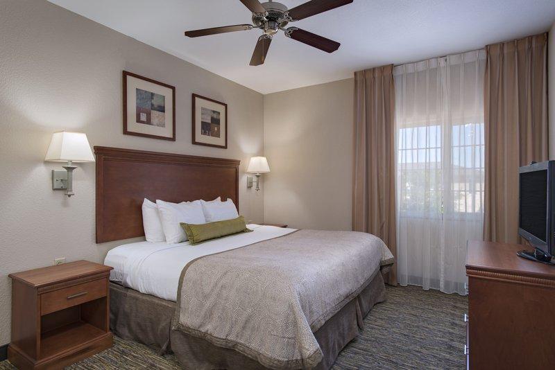 Candlewood Suites Austin N - Cedar Park-Deluxe Suite<br/>Image from Leonardo