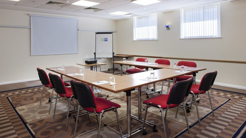Holiday Inn Express Oxford - Kassam Stadium-Meeting Room<br/>Image from Leonardo