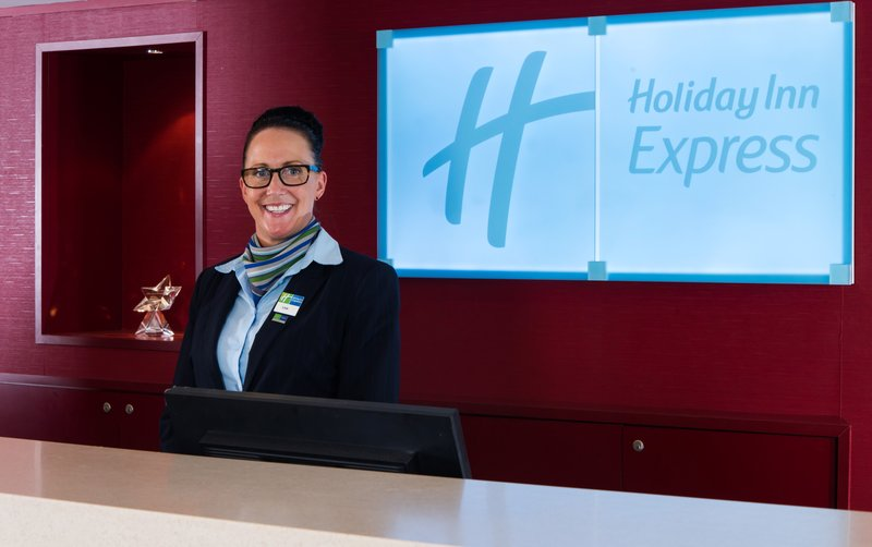 Holiday Inn Express Northampton M1, Jct.15-You'll be greeted with a warm welcome and a friendly smile<br/>Image from Leonardo