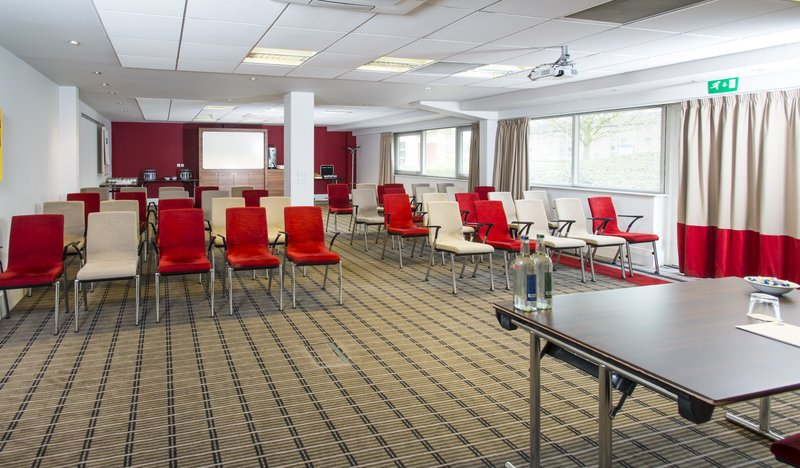 Holiday Inn Express Northampton M1, Jct.15-Holding a meeting in Northampton? We have the perfect space<br/>Image from Leonardo