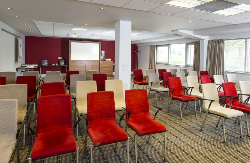 Holiday Inn Express Northampton M1, Jct.15-We can set our Meeting Rooms up in a variety of styles<br/>Image from Leonardo