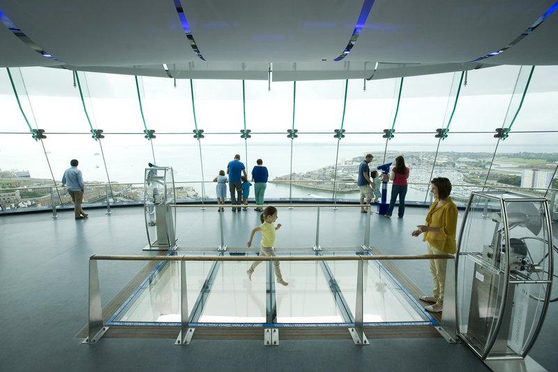 Holiday Inn Express Portsmouth - Gunwharf Quays-Spinnaker Tower-Amazing Sky Glass Walk<br/>Image from Leonardo
