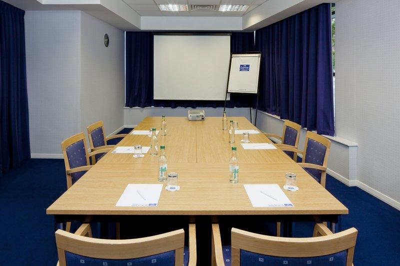 Holiday Inn Express Portsmouth - Gunwharf Quays-Meeting Room<br/>Image from Leonardo